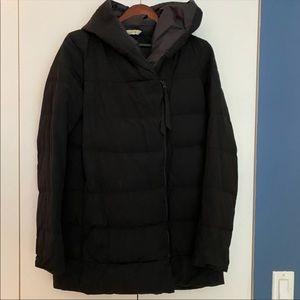 LULULEMON RARE! Black Puffer Coat